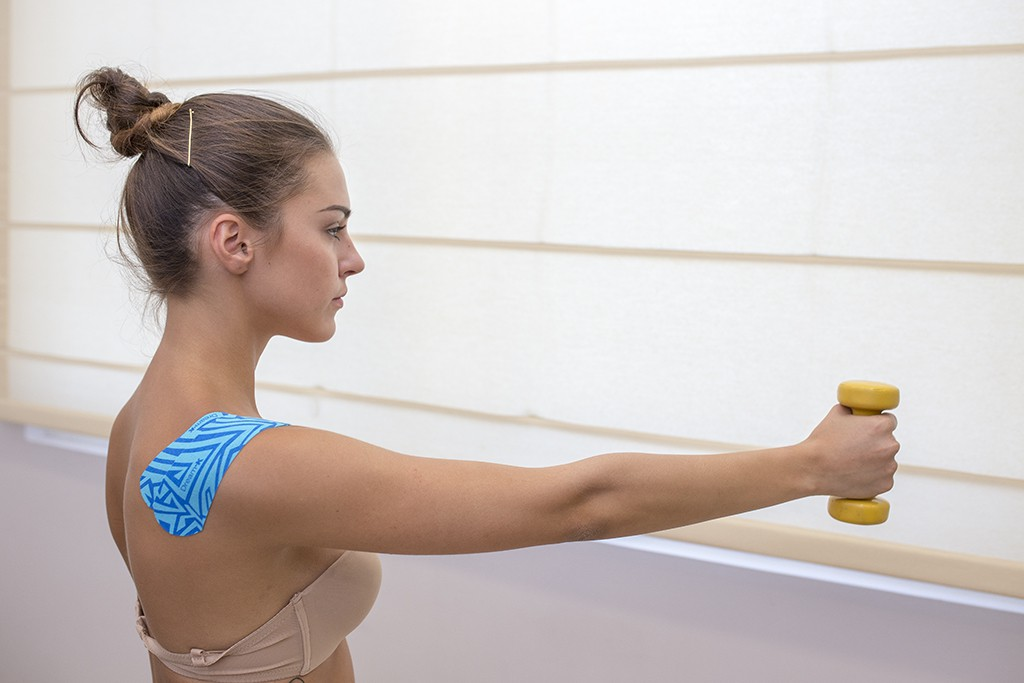 Θεραπευτική άσκηση σε σύνδρομο υπακρομιακής προστριβής