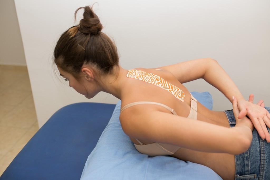 Θεραπευτική άσκηση σε αυχενικό σύνδρομο